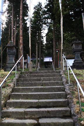上まで2段階で150メートルはあるよ。