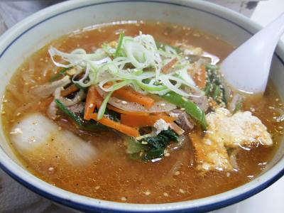 温麺。牛出汁がきいてウマウマ。