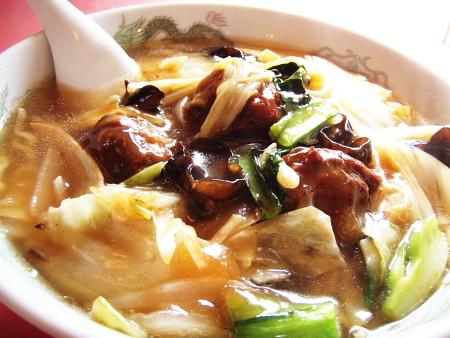 たまに無性に食べたくなる中華とろみ系ラーメン