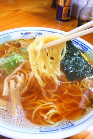 西郷亭の麺
