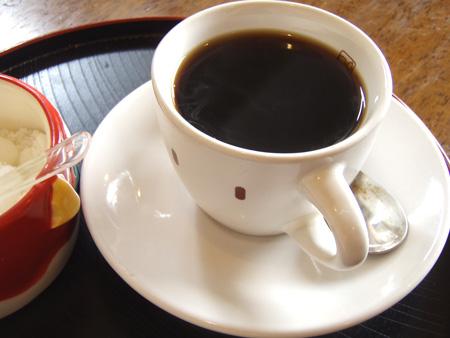 ごゆっくりどーぞーとコーヒーが