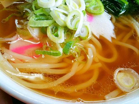 半ラーメンのスープ