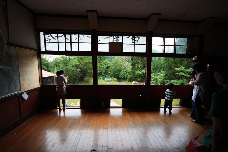 大暮山分校2階、真ん中の部屋