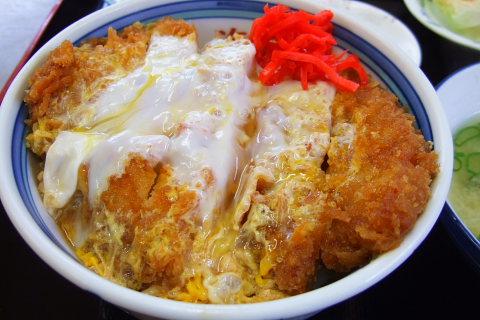 北海のカツ丼は、正統派の日本のカツ丼ですね。