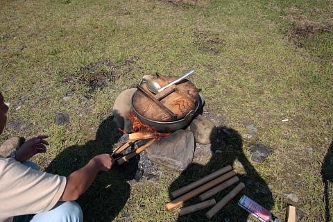 馬見ヶ崎の河原は芋煮会なら直火OKなんですよ