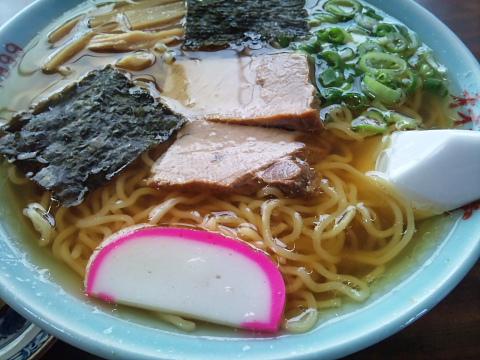 オオミヤ食堂の中華そば うつくしい日本の文化が凝縮されている気がします