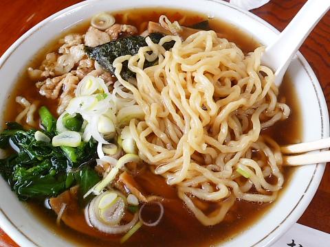 喜一郎食堂 中華そば 大変美味しい。