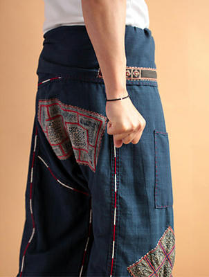 モン族バティックアップリケのジョムトン手織りコットンタイパンツ