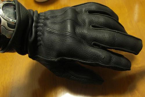 glove-3.jpg