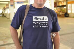 V林田Tシャツ