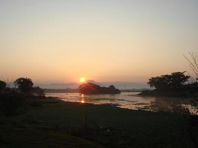 江津湖の朝陽です!