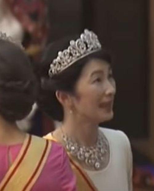 レティシア 紀子 王妃 様