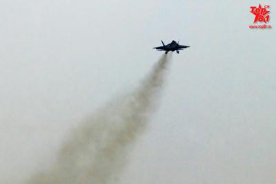 中国空軍 空自 ステルス戦闘機 尖閣諸島 殲−31 J-31 J-11 F-35 F-3