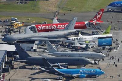 パリ航空ショー,スペースジェット,三菱航空機,川崎重工業,旅客機,ステルス戦闘機,飛行機,防衛,乗り物,