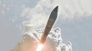 ミサイル,北朝鮮,SLBM,ICBM,ミニットマン3,中距離核ミサイル,核兵器,ロケット,飛行機,乗り物,