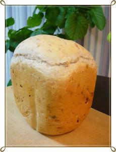くるみとベーコンのパン