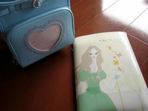 2011年度フィットちゃん 刺繍ランドセル