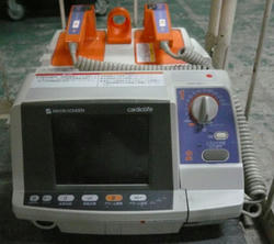 TEC-7621 除細動機 デフィブリレータ