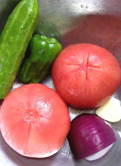 トマトのスムージーの材料