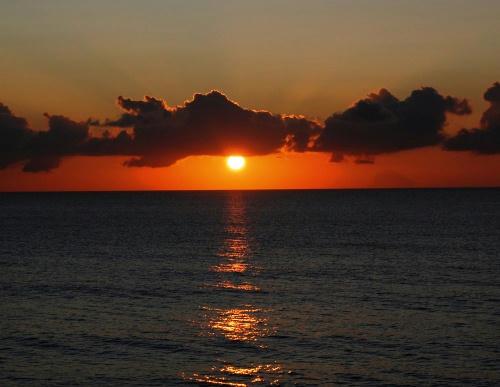 島間の夕日