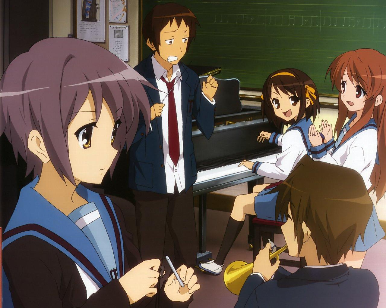 ピアノの前で談笑している「涼宮ハルヒの憂鬱」の画像