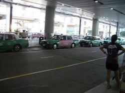 香港国際空港からアウトレットへの行き方