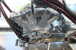 VT1300CXエンジン