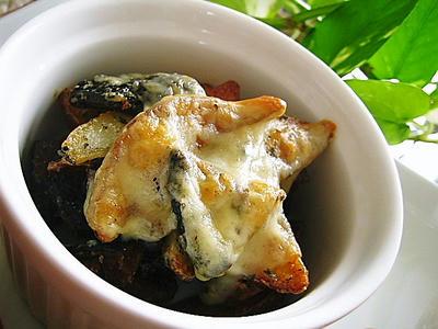 ポテトと椎茸のチーズ焼きサワークリーム風味