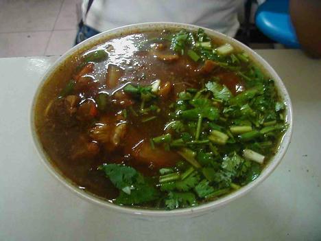 紅焼牛肉麺