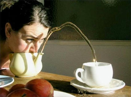 teapot_blowing_05.jpg