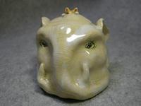 象の頭像ずり落ち猫乗せ宝物入れ