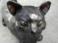 愛猫クロ門番像