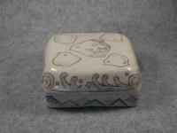 307号 千鳥模様象嵌陶箱
