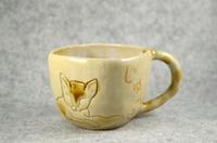 家鴨窯283号 飴釉彫り猫マグカップ