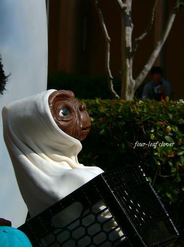 ETと記念撮影