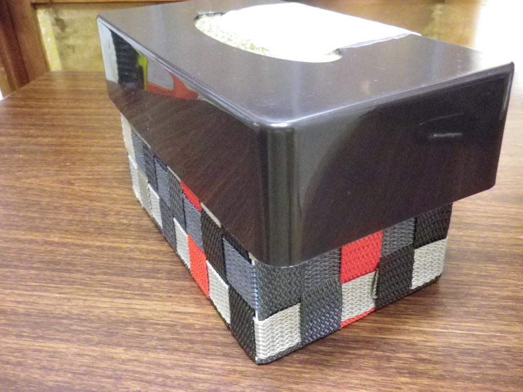 トイレットペーパーボックス 完成(斜め右)