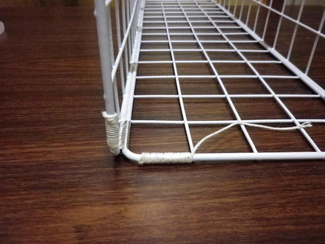 メッシュパネルの組み立てとたこ糸のぐるぐる巻き
