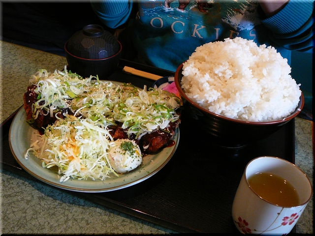 特製ロースかつ定食(味噌ダレ・特盛り)
