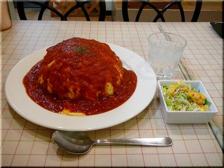 特製トマトソースのオムライス(特盛サイズ)