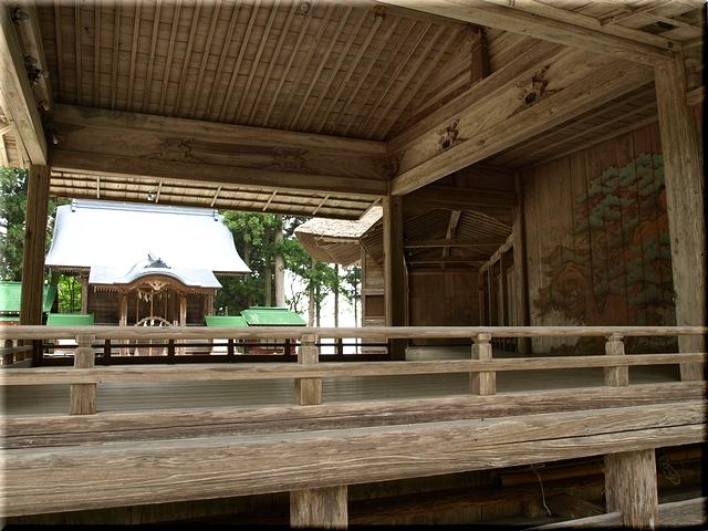 白山神社・能舞台