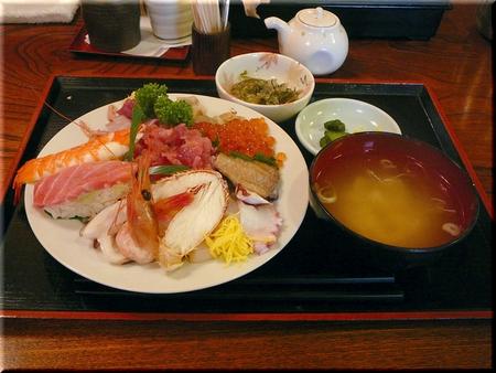 海鮮丼(具・大盛り)
