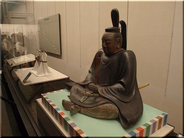 木造徳川家康坐像