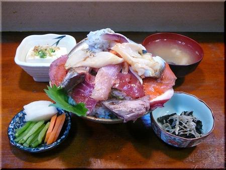 海鮮丼(上・大盛り)