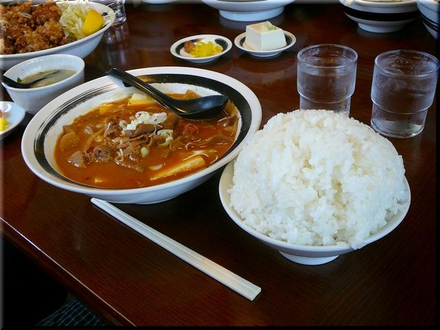 もつ煮豆腐定食(大盛り)