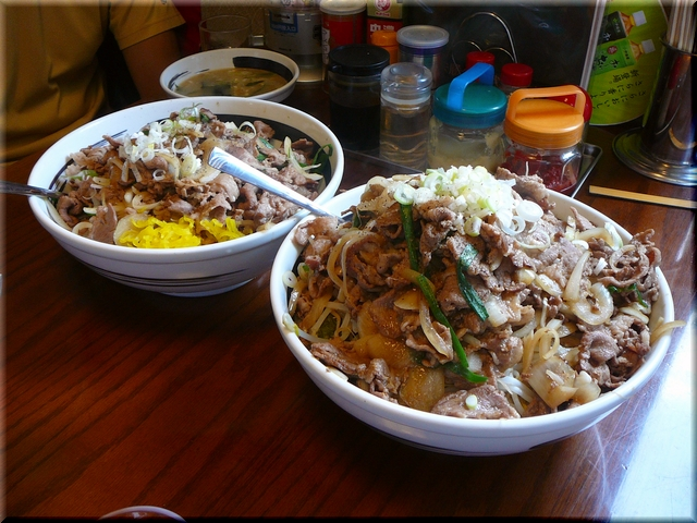 W&トリプル焼き肉丼
