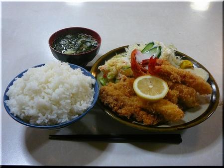 ミックスフライ定食(ごはん・おかず大盛り)