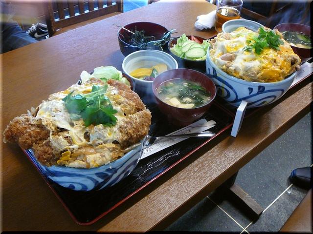 カツ丼(並・特大)& 親子丼(上・特大)