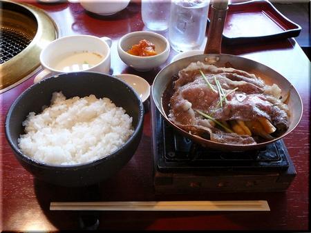 近江牛肉のすき焼き丼セット(大盛り)
