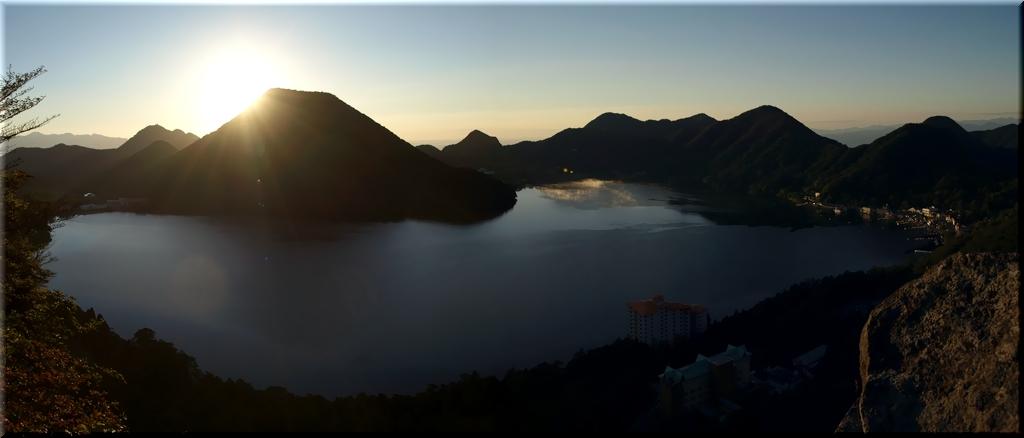 硯岩から見る日の出