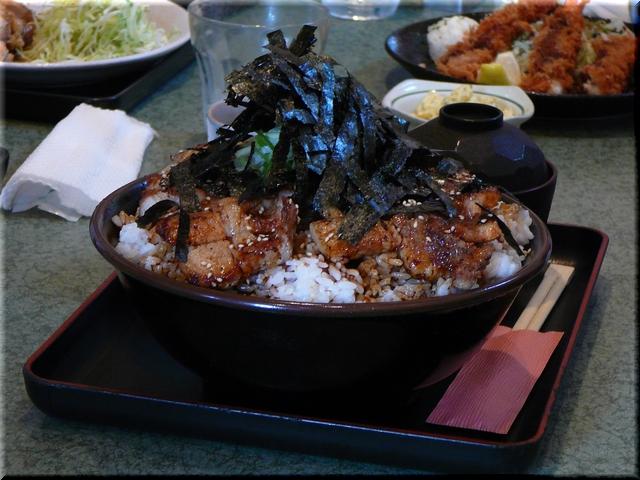 特製豚ロース丼(特盛り)